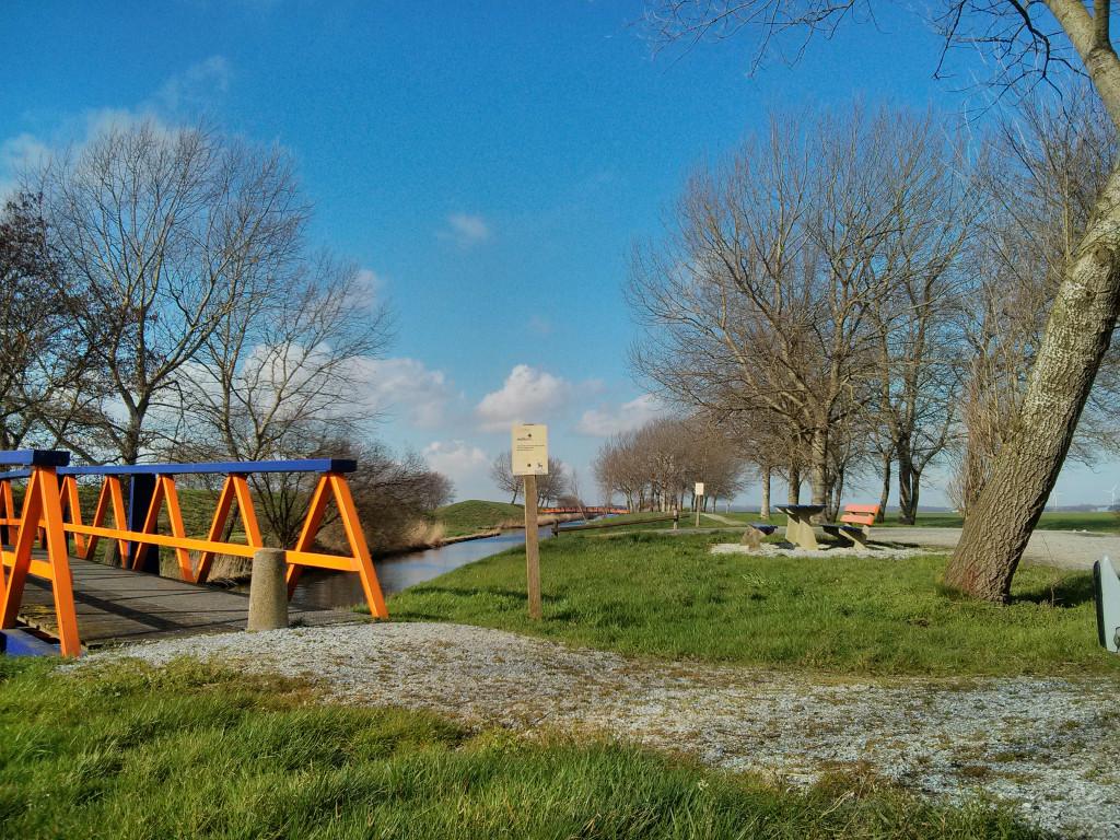 'De Aardzee', kunstenaar: Piet Slegers